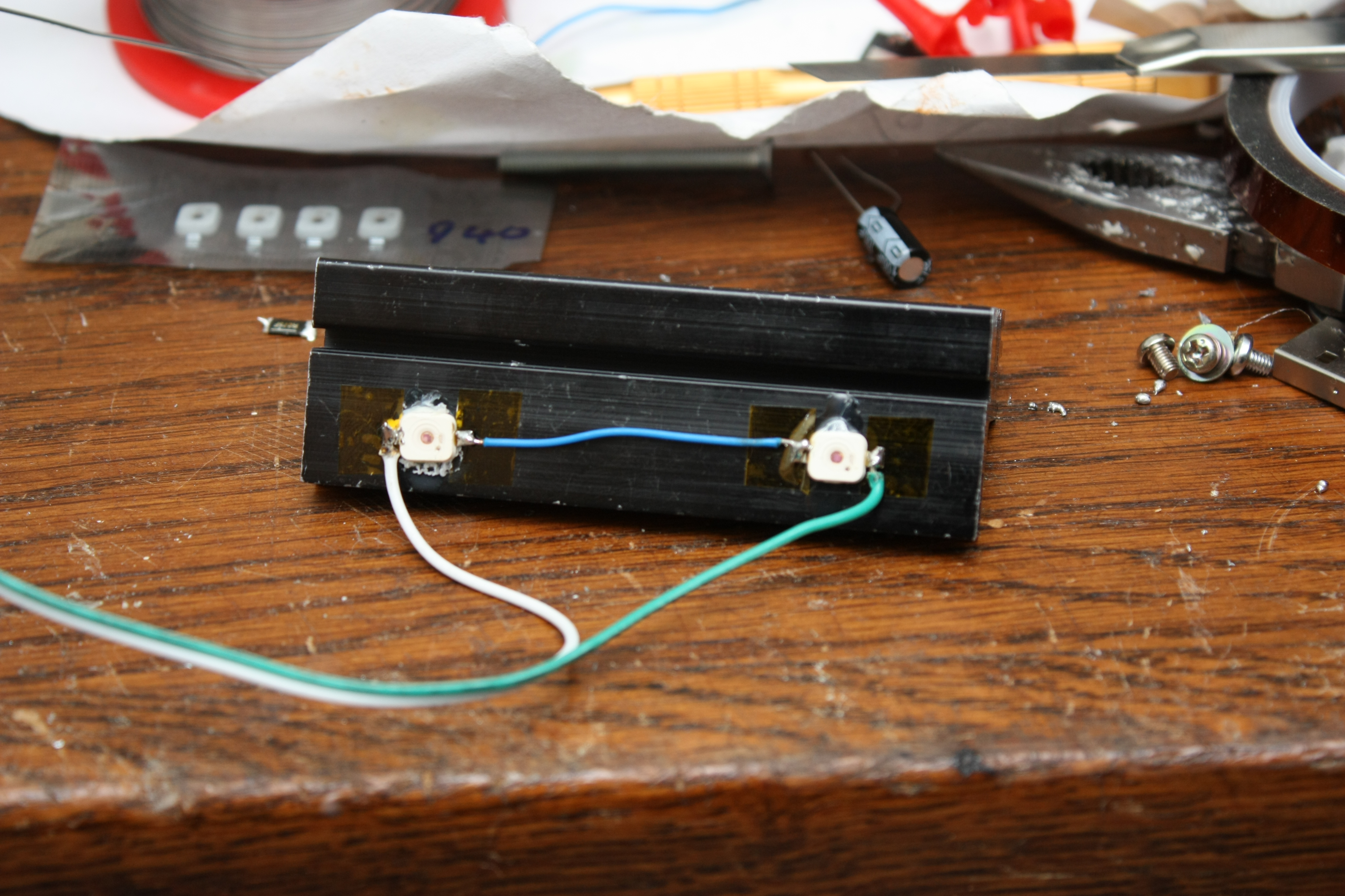 Sprites Mods Virtual Wii Sensor Bar Implementation Component Cable Schematic Here Are The Ir Transmitters Glued To A Nice Big Heat Sink Theyre Actually On At Full Power But Thanks Good Filters In My Camera All You
