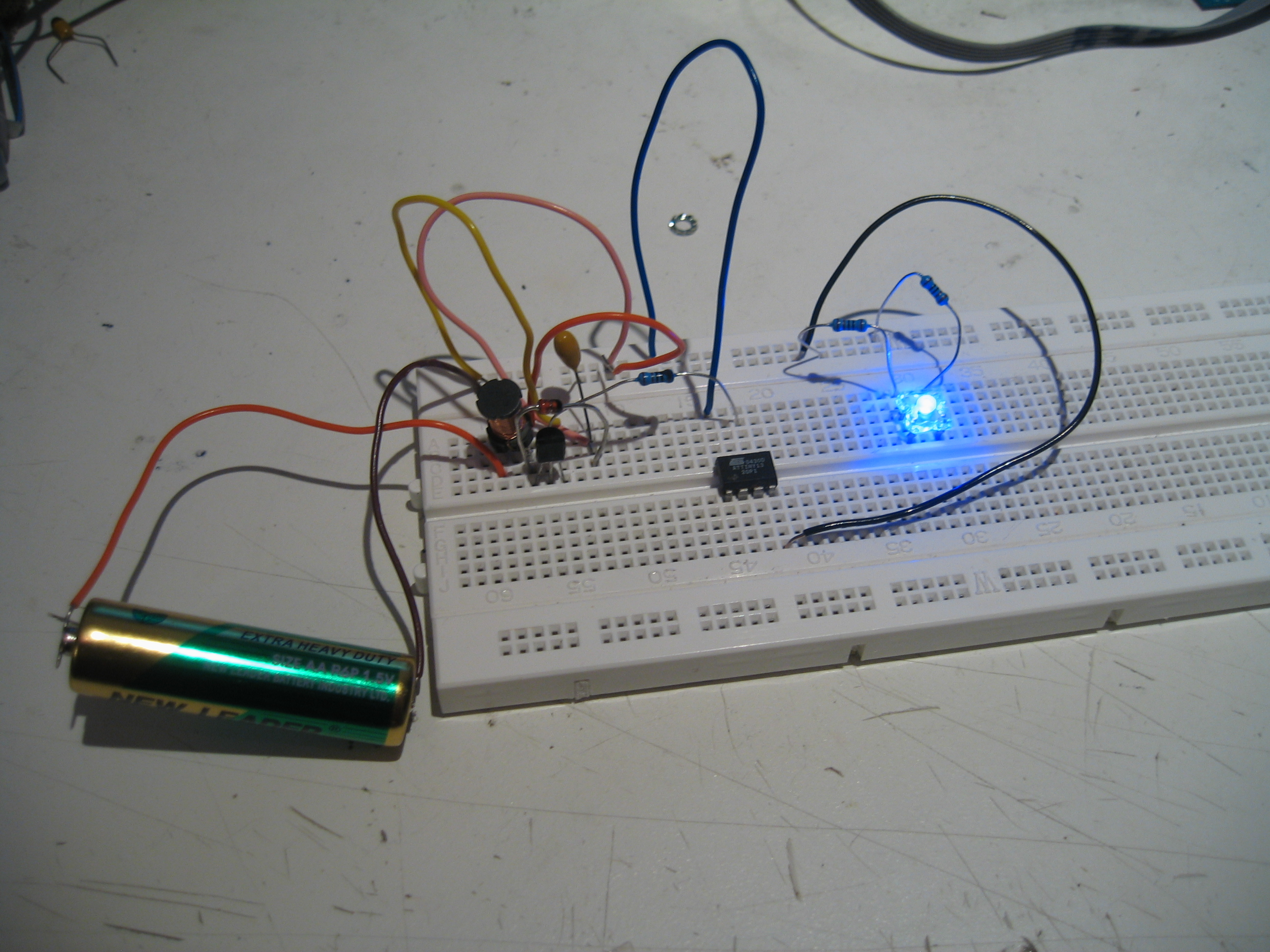 Sprites Mods Run An Uc From Aa Battery Circuits All In A Circuit What Makes Power How